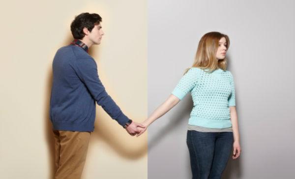 Ce site-uri de dating online poți folosi dacă nu ai încredere în Tinder