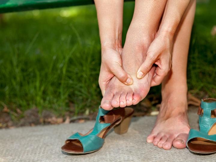 Calor pies se hinchen hará que el tus