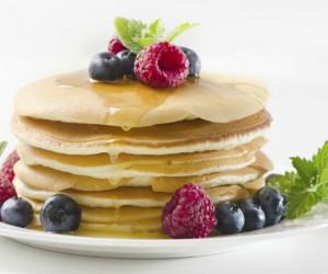Cuida tu salud y figura con hot cakes de quínoa