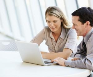 ¿Quiénes son más felices en el trabajo?
