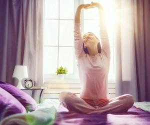 Las personas que se levantan tarde los fines de semana, ¡pueden vivir más!