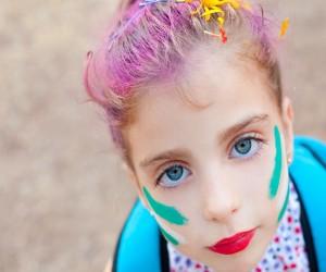 Daños por pintarle el cabello a los niños