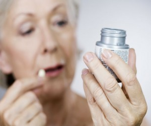 Ácido acetilsalicílico (aspirina) podría ayudar en tratamiento para Alzheimer