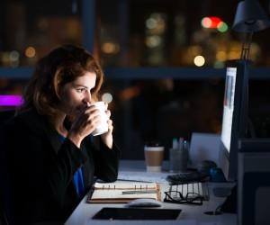 Trabajar muchas horas no necesariamente te hace adicta al trabajo