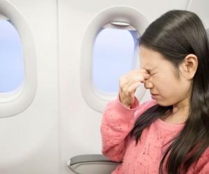 Evita el estrés en el avión, ¡sencillas técnicas para poder dormir y relajarte!