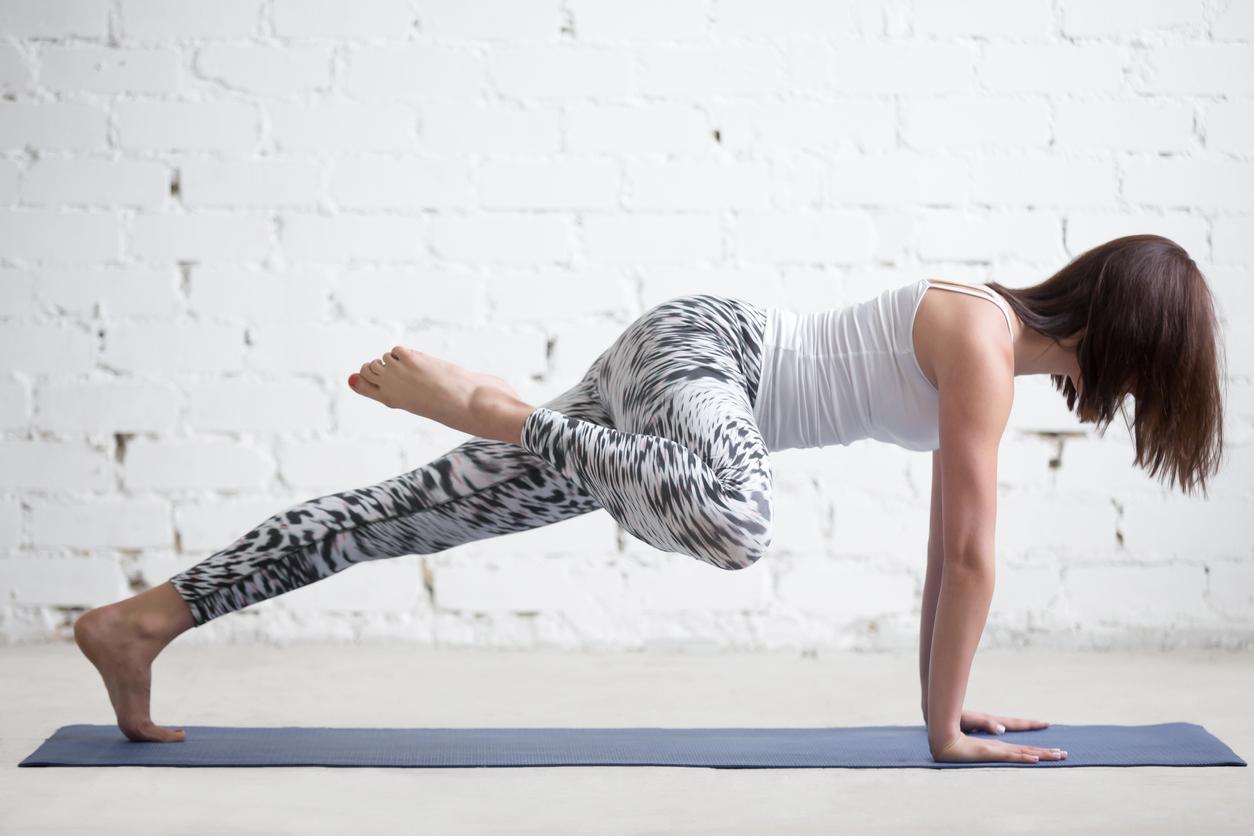 3 tipos de plancha para reducir cintura, tonificar abdomen, piernas y glúteos con tu peso