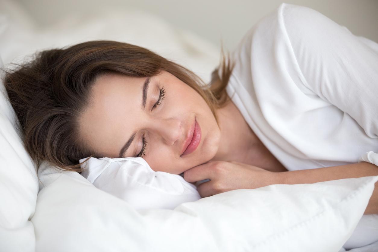 Dormir de 7 a 8 horas es esencial para no sentirnos cansadas todo y estar más activas