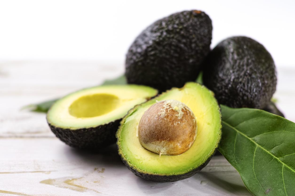 Te recomiendo que le apuestes a los frutos secos, semillas, aguacate
