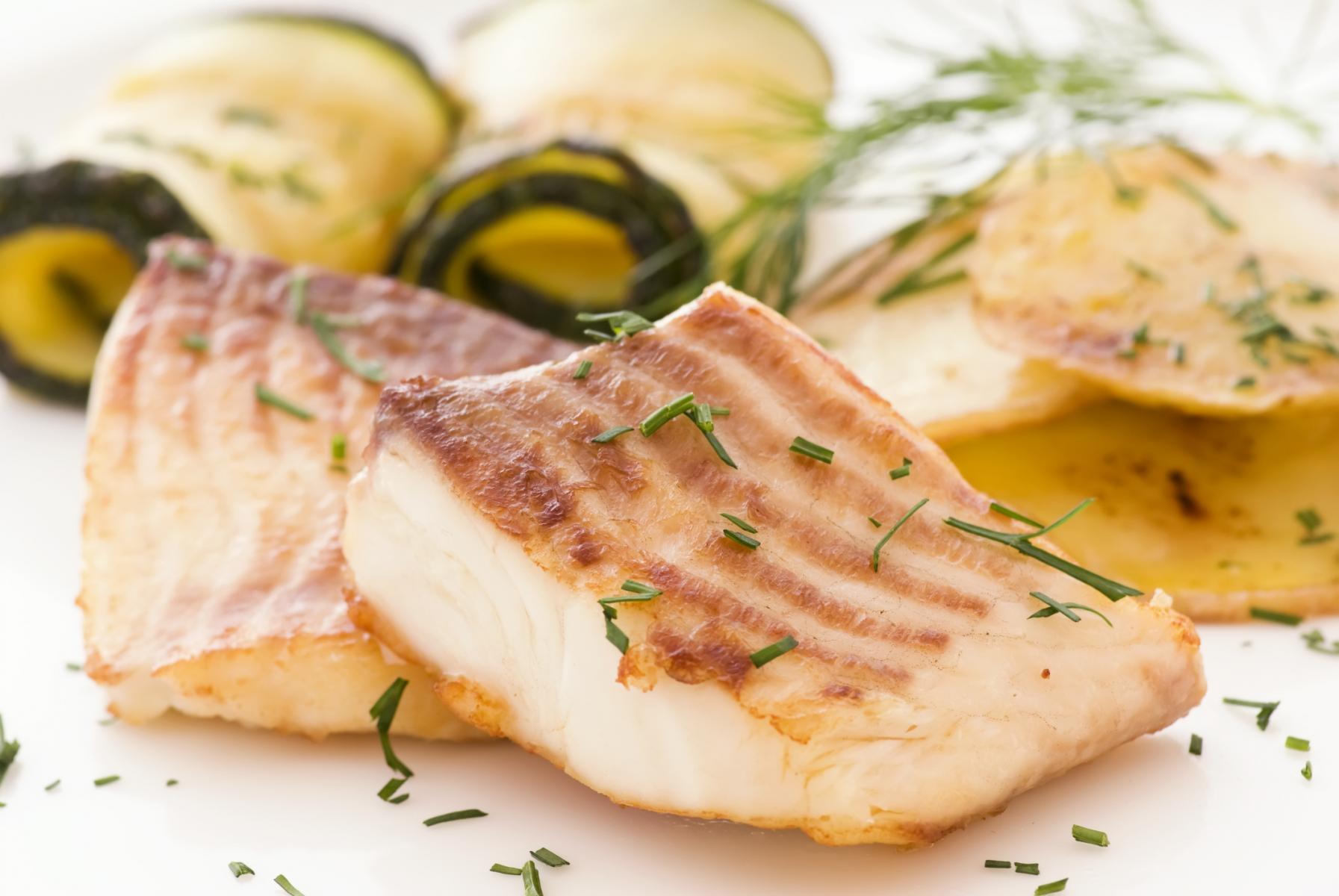 5 alimentos que ayudan a tu cerebro salud180 - Platos gourmet con pescado ...